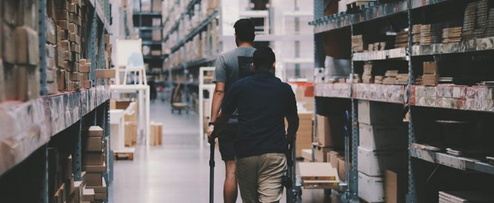 How Does Cross-Docking Reduce Storage and Handling Costs?